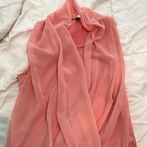 Tops - EUC sleeveless, coral, flattering blouse